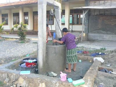 Penambahan Suplai Air Di Pondok Sirojuth Tholibin