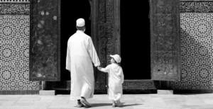 Hukum Mengajak Anak Kecil Ke Masjid